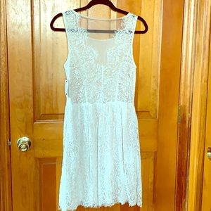 NEW❗️❗️Red Dress Boutique Ivory Lace Dress